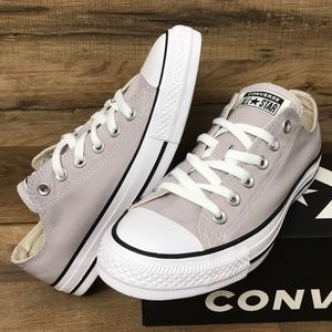 BRAND NEW CONVERSE LOW TOP